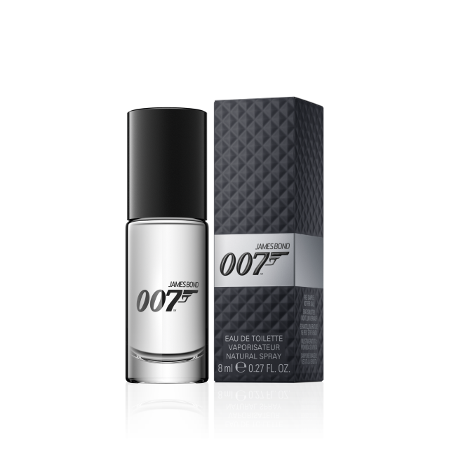 007 for men on the go gifts with the purchase james bond. Black Bedroom Furniture Sets. Home Design Ideas